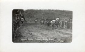 Horse races, Bulkley Valley Fair, 1914 (descriptions5937)